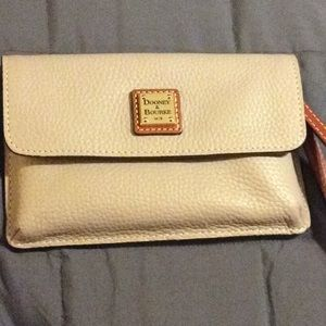 "Dooney and Bourke wristlet ""Oyster Color"""
